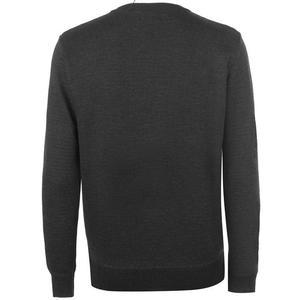 sweter męskie widok z tyłu